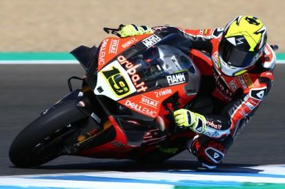 WSBK Jerez: Dominanter Bautista-Sieg, Rea fährt Lowes vom Motorrad