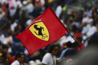 """Stiller Protest: Ferrari hisst in Maranello Fahne für Kanada-""""Sieg"""""""
