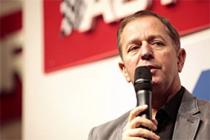 Brundle expecting Hamilton to win with Mercedes in 2013