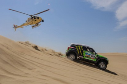 Stephane Peterhansel takes Dakar lead as Carlos Sainz hits trouble