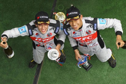 Double R signs Antonio Giovinazzi and Sean Gelael for British F3