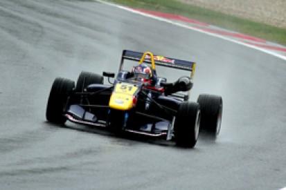 Spielberg European F3: Red Bull star Daniil Kvyat leads practice