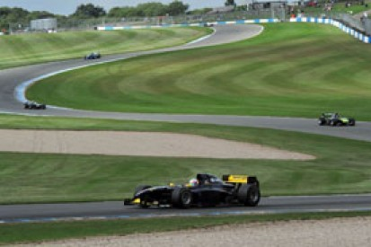 Donington Park Auto GP: Narain Karthikeyan extends pole streak