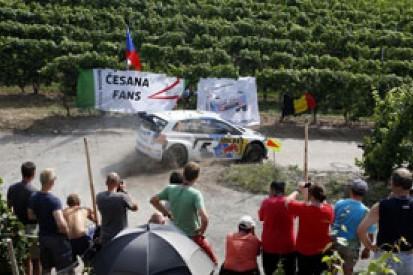 Germany WRC: Jari-Matti Latvala incident gives Thierry Neuville lead