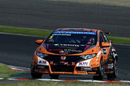 Michelisz to remain with Zengo for 2014 WTCC season