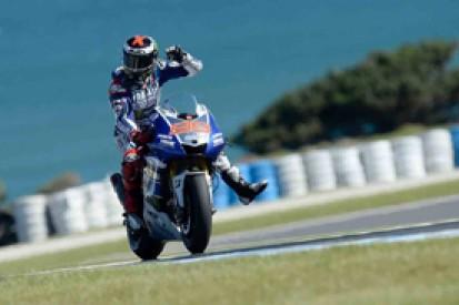 Phillip Island MotoGP: Jorge Lorenzo on pole despite seagull clash