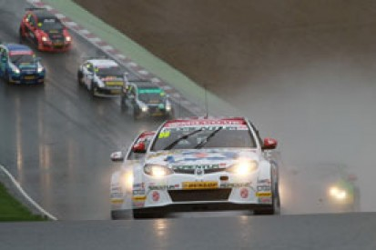 Brands Hatch BTCC: Jason Plato takes wet win to stay in title fight