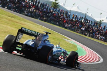 Japanese GP: Nico Rosberg says Sergio Perez move 'dangerous'