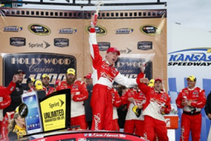 Kansas NASCAR: Kevin Harvick boosts Cup title hopes with win
