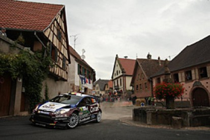WRC France: Thierry Neuville hits trouble