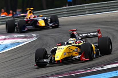 Paul Ricard FR3.5: Magnussen on brink of title after win