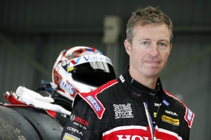 Matt Neal in doubt for Silverstone BTCC round due to finger injury