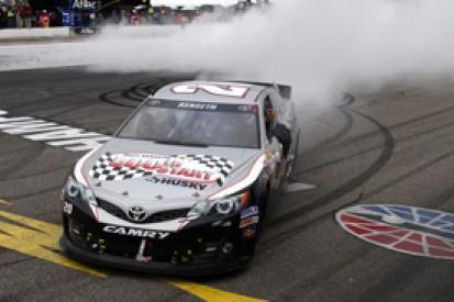 New Hampshire NASCAR: Matt Kenseth remains unbeaten in Chase