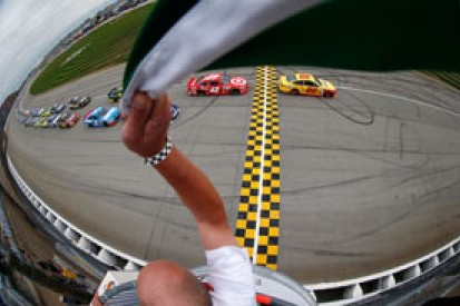 Chicagoland NASCAR: Sprint Cup Chase opener facing rain delay