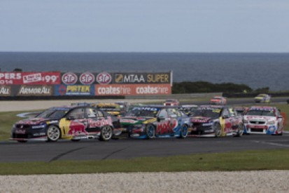 Phillip Island V8s: Whincup resists Winterbottom and Lowndes