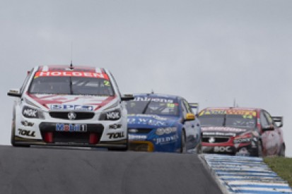 Phillip Island V8s: Tander wins, Whincup reclaims championship lead
