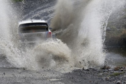 WRC Rally GB: Sebastien Ogier in control, Andreas Mikkelsen flies