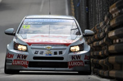 Macau WTCC: Yvan Muller blitzes first practice