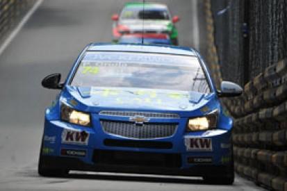 Macau WTCC: Pepe Oriola quickest, Tom Chilton crashes in FP2