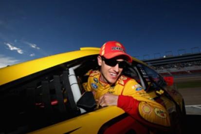 Las Vegas NASCAR: Joey Logano on pole with new lap record