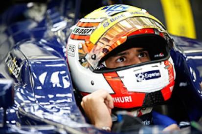 F1 test driver Felipe Nasr stays on with Carlin for 2014 GP2 season
