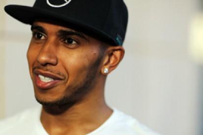 Lewis Hamilton still wary of 2014 F1 rivals Red Bull and Ferrari