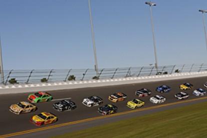 Hamlin tops Sprint Unlimited practice as NASCAR Sprint Cup action begins