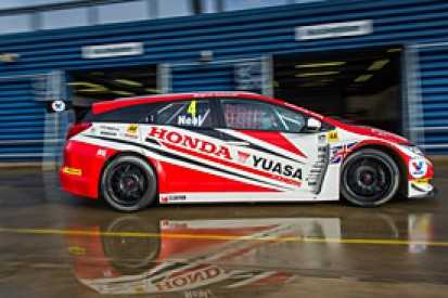 Matt Neal says new BTCC Honda Civic Tourer needs work