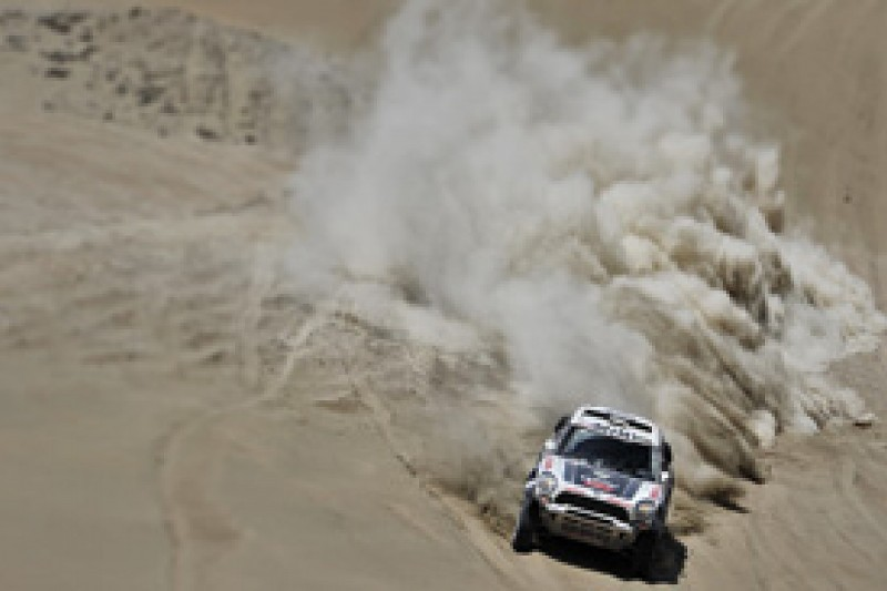 Dakar: Nasser Al-Attiyah wins stage 10 as Carlos Sainz crashes out