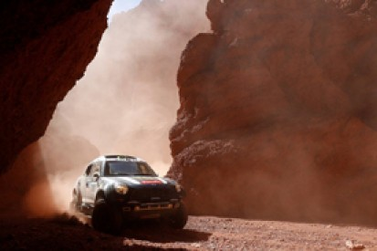 Dakar: Stephane Peterhansel begins recovery, Nani Roma holds lead