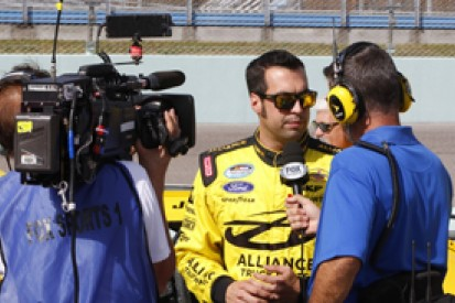Sam Hornish Jr and Chase Elliott get 2014 NASCAR Nationwide deals