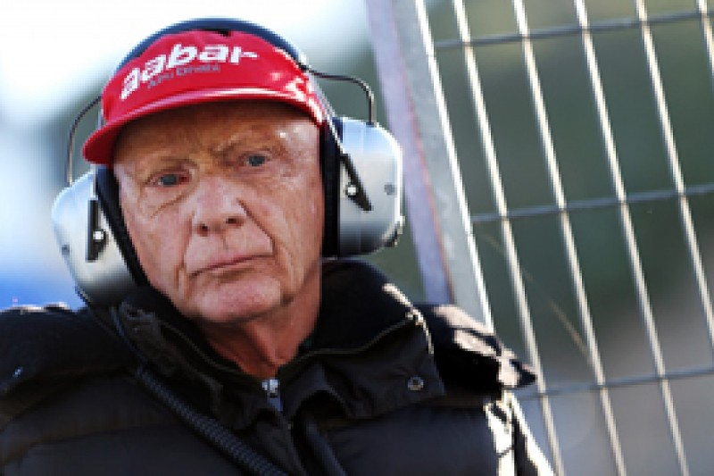 Niki Lauda believes that reliability will be key factor in 2014 Formula 1 title battle
