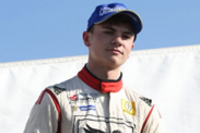 Sam MacLeod could join Fortec for British F3 after strong test