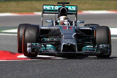Spanish GP: Lewis Hamilton stays on top in FP2