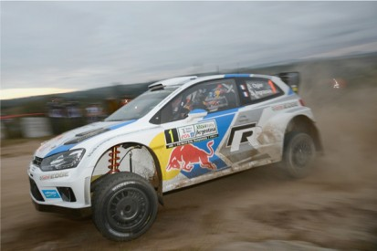 Rally Argentina: Sebastien Ogier leads after superspecial