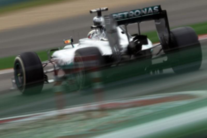 Mercedes' Hamilton, Rosberg say F1 development race holds no fear