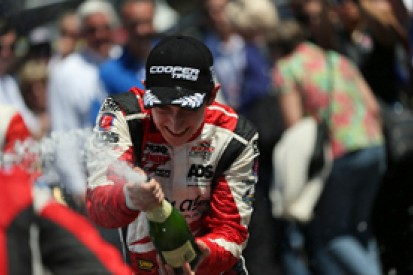 Barber Indy Lights: Zach Veach converts pole to commanding win