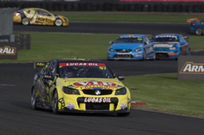 Pukekohe V8 Supercars: Van Gisbergen wins, Winterbottom takes lead