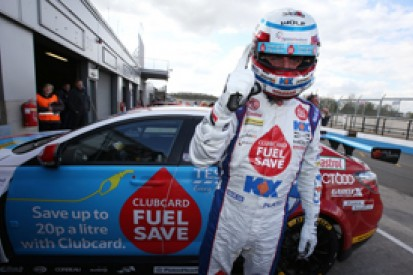 Donington BTCC: Jason Plato grabs pole, Gordon Shedden second