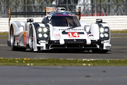 Silverstone WEC: Porsche edges Audi and Toyota in first practice