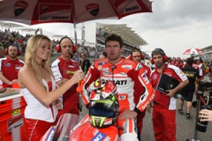 Austin MotoGP: Cal Crutchlow escapes crash with dislocated finger