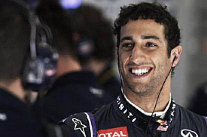 Bahrain GP: Daniel Ricciardo plans aggressive race after penalty