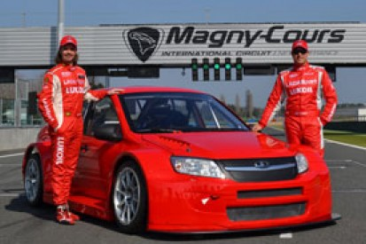 Lada completes Magny-Cours WTCC test with 2014 Granta