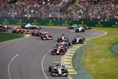 Australian GP: Nico Rosberg dominates in Melbourne for Mercedes