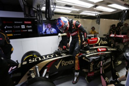 Australian GP: Grosjean and Maldonado say Lotus hitting new issues