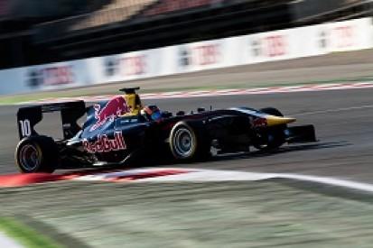 Barcelona GP3: Red Bull junior Alex Lynn on pole for season opener