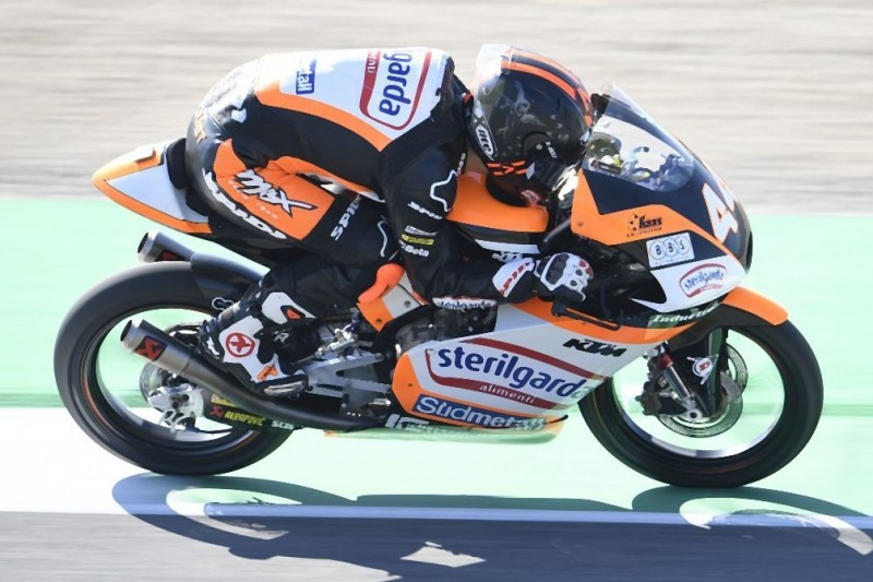 Moto3 FT3 Barcelona: Lokalmatador Aron Canet fährt Bestzeit