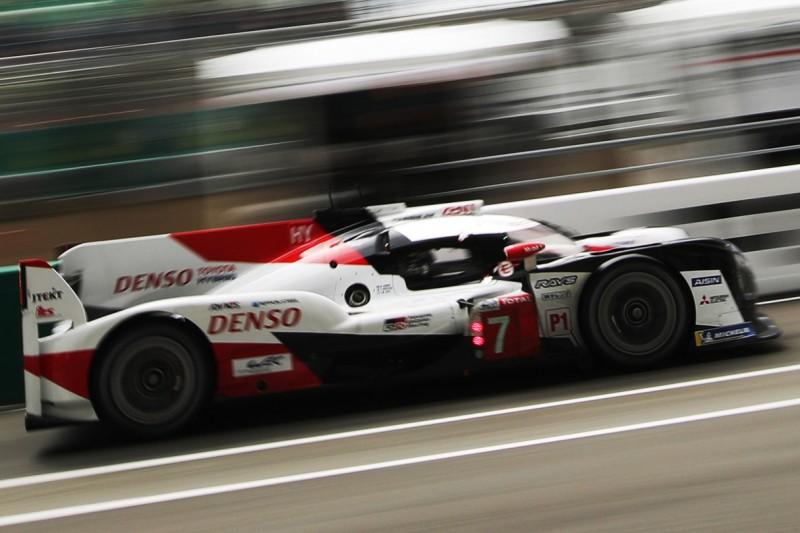 Warm-up Le Mans: Kobayashi im Toyota mit Bestzeit