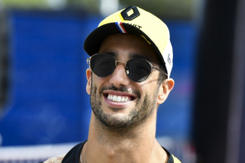 """Daniel Ricciardo: Kanada hat """"ein ziemlich schönes Feuer entfacht"""""""