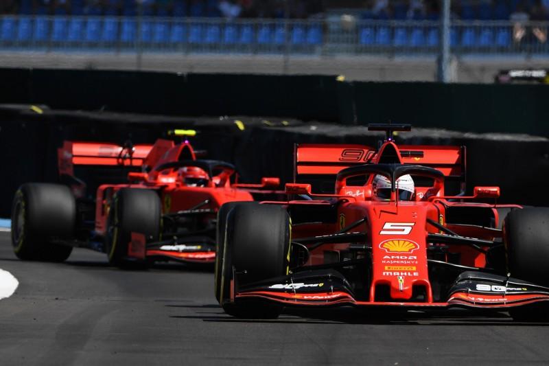 Leclerc motzt über Vettel am Boxenfunk: Das steckt hinter seinem Funkspruch